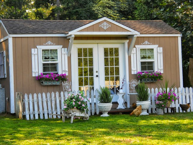 Haus Shabby Chic a joyful cottage living large in small spaces shabby chic retreat