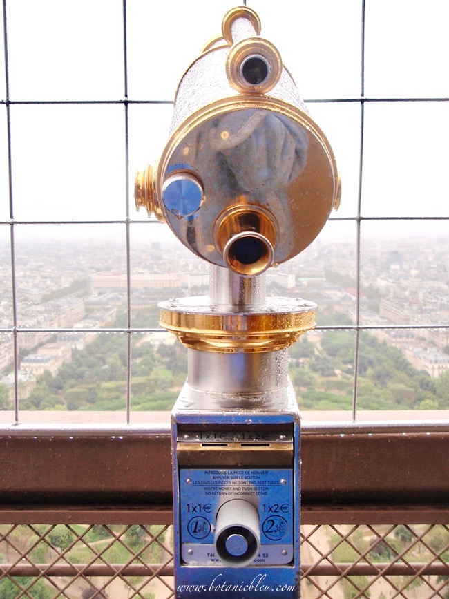 Eiffel Tower gold and silver telescopes are beautiful examples of avant-garde French design