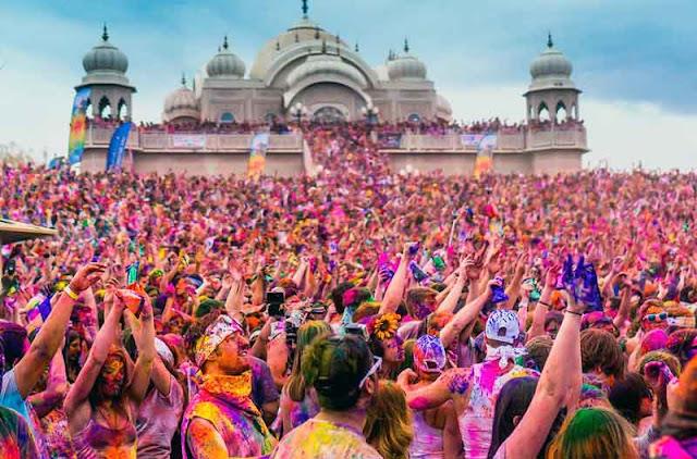 Holi - Festival Terbesar di Dunia