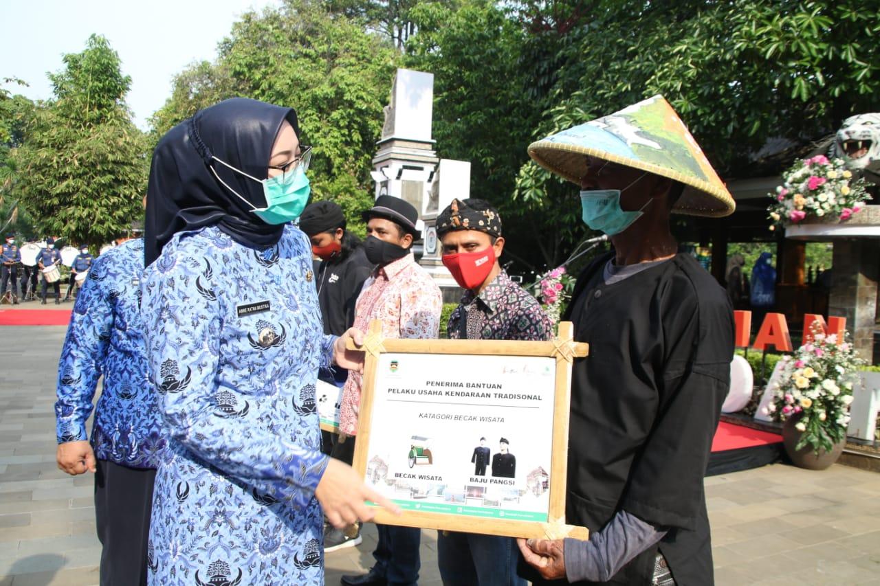 Spirit 10 November Masa Pandemi, Bupati Purwakarta: UMKM Harus Bangkit Pulihkan Ekonomi Nasional