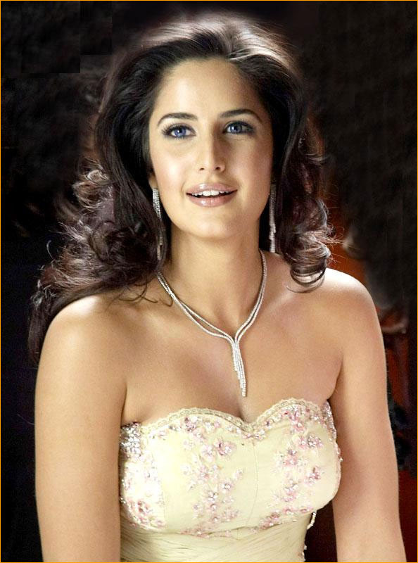 Hot And Sexy Heroine Katrina Kaif