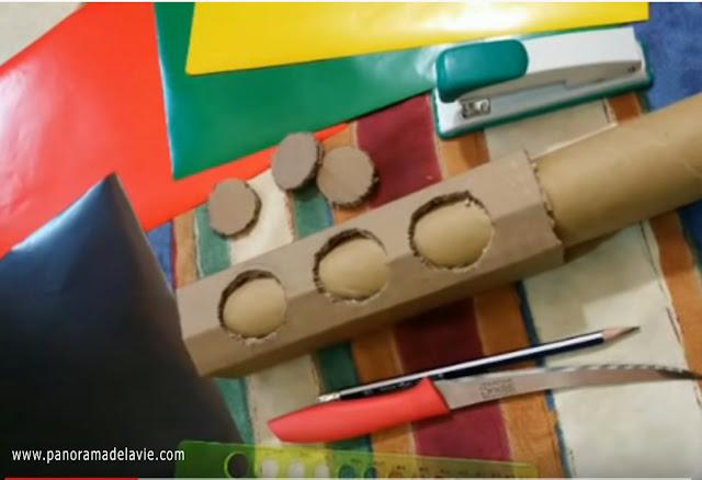 أصنع بالورق المقوى و الخشب إشارات مرور