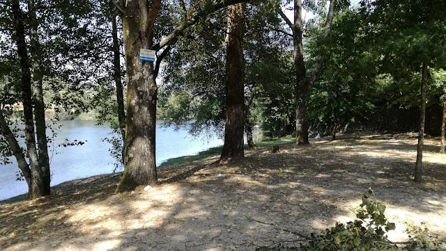 Sombra Praia Fluvial de Navarra