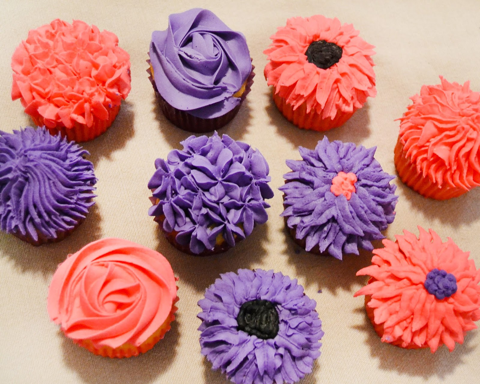 For the love of food diy flower cupcake bouquet you can create a cupcake bouquet many different ways for this tutorial we used both flower decorated cupcakes and colorful tissue paper petals and izmirmasajfo