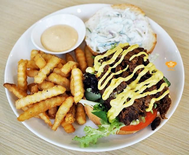 Pulled Lamb Burgers Eatropica Cafe Menara 1 Sentrum Nu Sentral Brickfield Kuala LumpurWestern and Malaysian Food at Eatropica Cafe Menara 1 Sentrum Nu Sentral Brickfield Kuala Lumpur