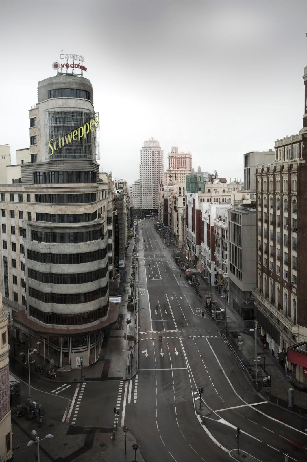 Fotografiando Algunos Sitios De Madrid A Través De La Lente