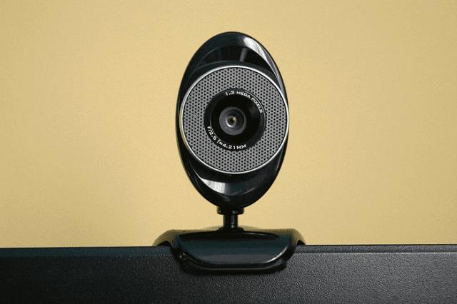 حل مشاكل الكاميرا في سكايب على ويندوز 10
