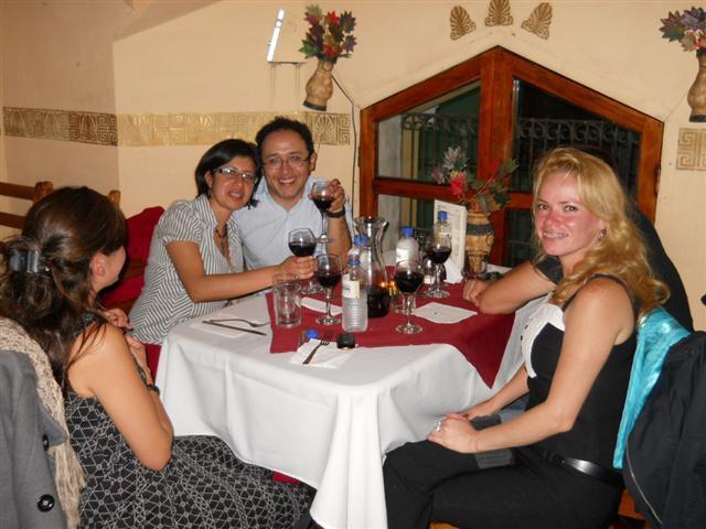 El Pasaje Mediterráneo Quetzaltenango Tel: (502) 5869 0099