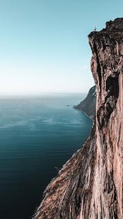 landscape wallpaper background hd whatsapp berdiri di tepi jurang tinggi