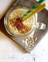 http://cookalifebymaeva.blogspot.fr/2015/08/smoothie-vegan-sans-gluten-avoine-banane-vanille-cannelle.html