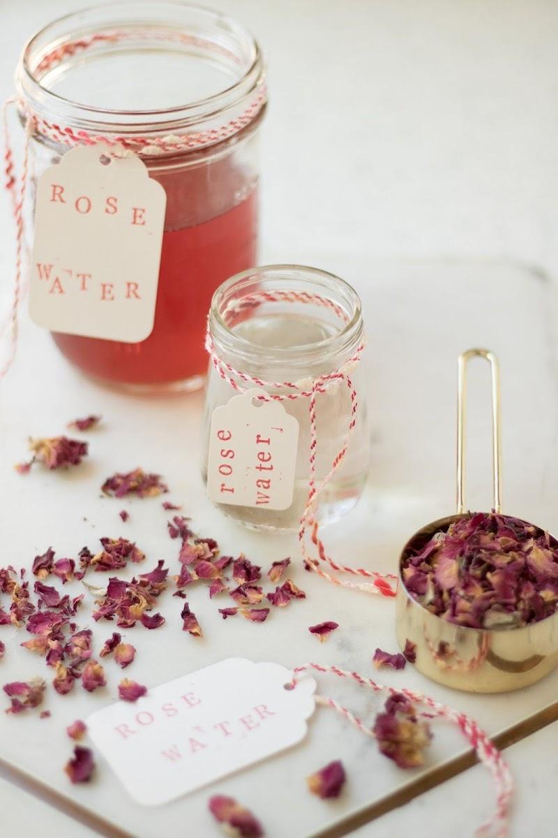 Tips/Petua : Cara Membuat Air Mawar Di Rumah