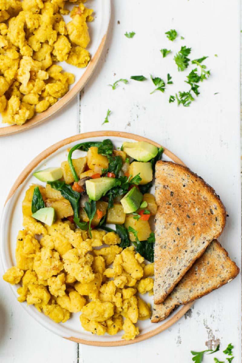 Chickpea Scramble (High-Protein Vegan Breakfast)