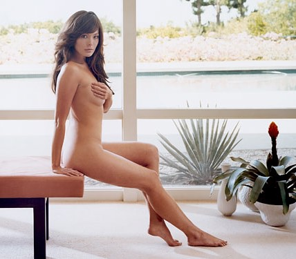 Lindsay Price Photos And Pics