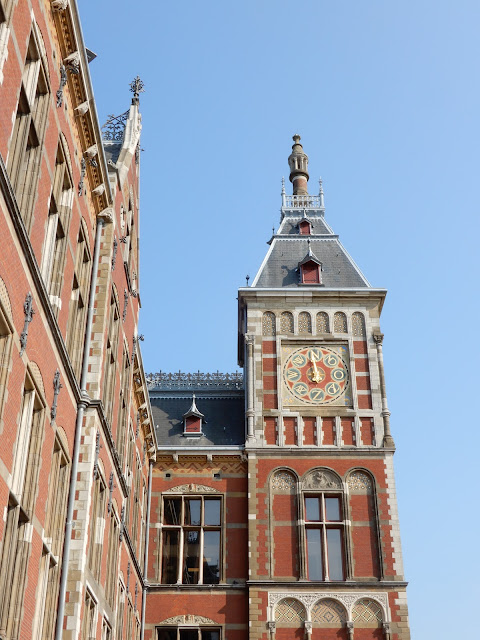 アムステルダム駅舎