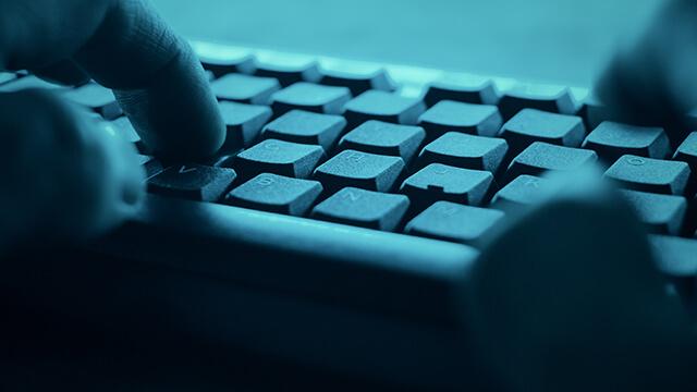 مدينة أمريكية تعرضت لهجوم إلكتروني بعد أيام من إطلاق النار في قاعدة عسكرية