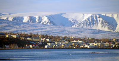 Vistas de Akureyri en invierno