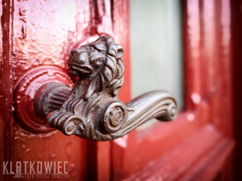 Krotoszyn: klamka z lwem