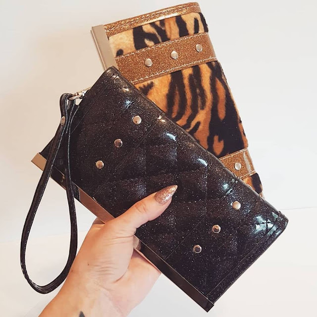 Holdfast Handbags: A Bag To Match The Inner Pinup In You