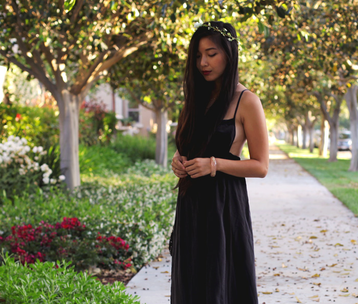 Stephanie Liu of Honey & Silk wearing Gypsy05 dress, Shoemint 'Elizabeth' heels, Chloe + Isabel necklaces, and Lulu*s flower headband