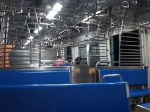News Sect, Train coaches