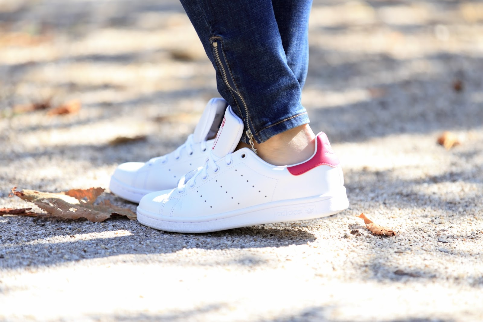Details - Blogger mit Adidas Shuhe- Outfitispiration Blogger - Blogger mit Sneakers