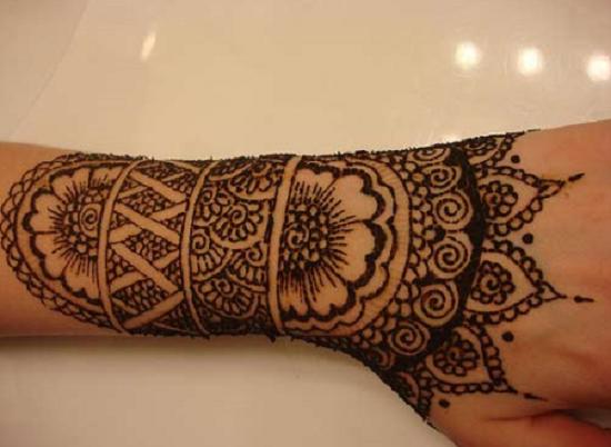 Mehndi Hands Png : Mehndi design image back hand bridal