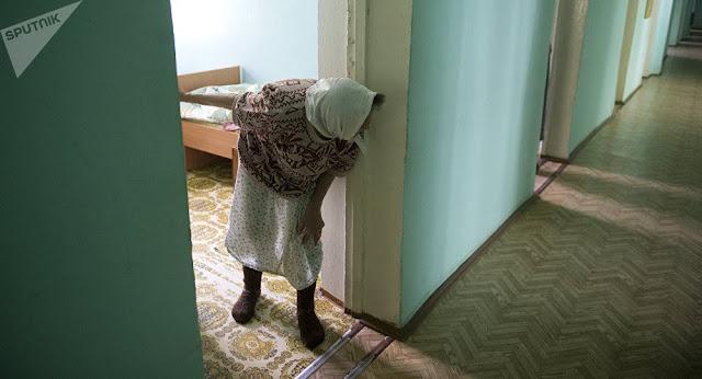 Armenia establece hogares comunitarios para ancianos