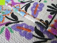 Muster: Yogatasche »Damayanti« von #DoYourYoga aus 100% Edel-Canvas (Segeltuch), aufwendig verarbeitet, für Yoga- und Pilatesmatten bis zu einer Größe von 186 x 60 x 0,5 cm, in 12 ausgefallenen Designs erhältlich.