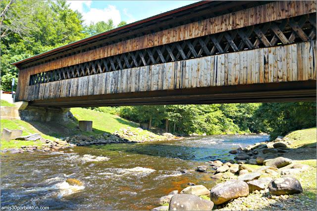 Río Ware a su Paso por Ware-Hardwick Covered Bridge