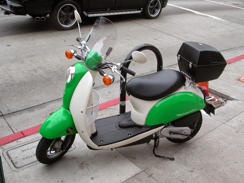 Motor Scoopy di Thailand