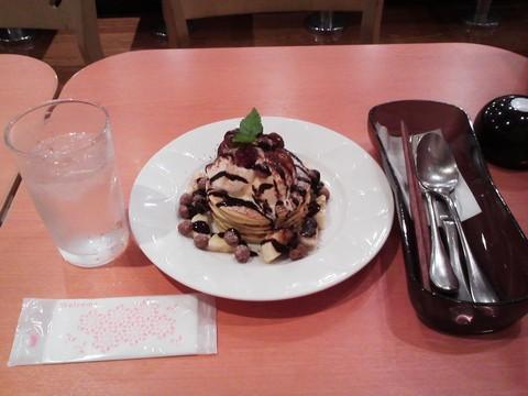 バースデーパンケーキ¥0-1 デニーズ大松店