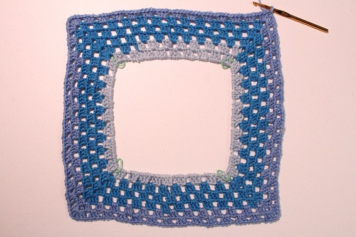 Granny-Spiration Challenge 2017, granny square, top, tank top, blouse, shirt, easy, crochet, free pattern, tutorial, linkup, giveaway, yarn, Caron Cakes, blue, Blueberry Cheesecake