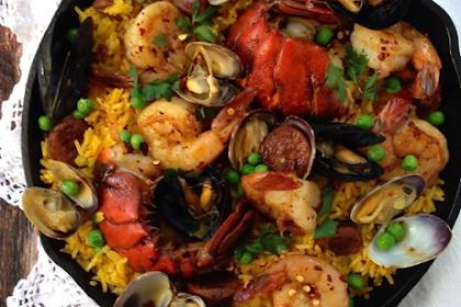 Spanish Seafood Paella (Healthy)