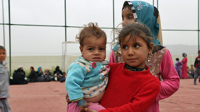 Hindari Pertempuran, Ribuan Warga Mosul Mengungsi