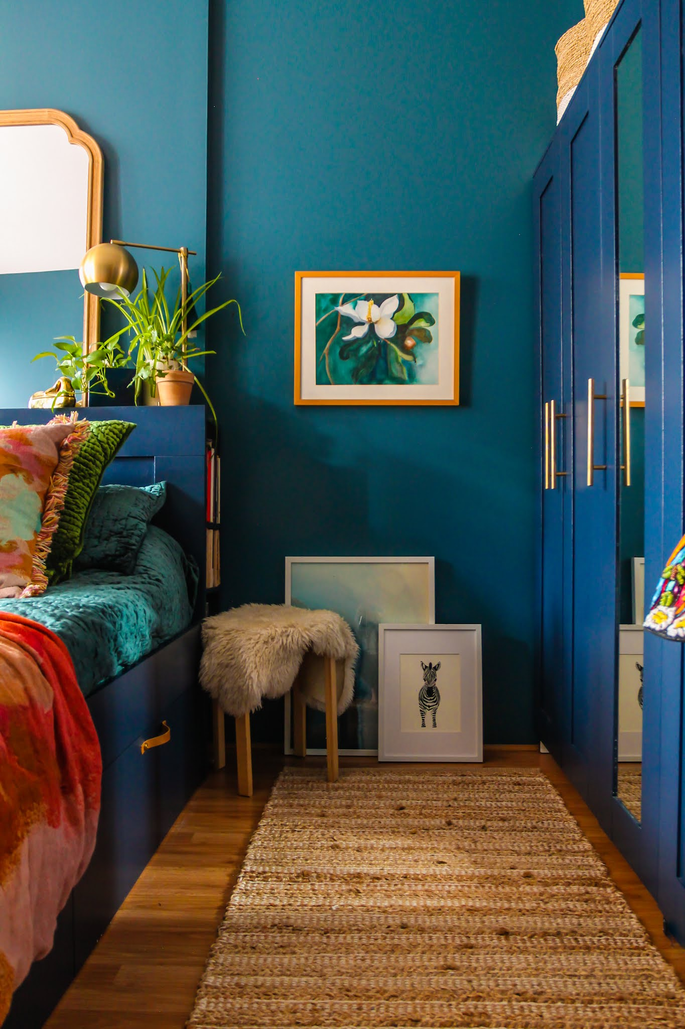 blue and green bedroom ideas // blue bed // ikea bed // ikea bedrooms // ikea hacks // jeweltone bedrooms // boho bedrooms // colorful bedroom inspo // colorful bedrooms // boho bedroom ideas