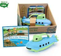 green-toys-safe-seas-submarine-detail.jpg