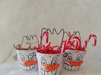 Folk Art Peat Pot Snowmen Treat Containers