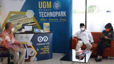 Ketua DPD RI bersama sejumlah Senator berkunjung ke UGM Techno Park