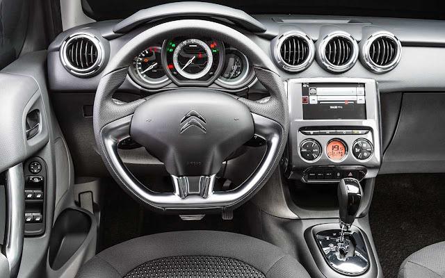 Novo Citroen C3 2018 Automático - interior