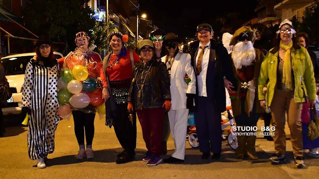 Κέφι, τραγούδια και μασκαράδες την Τσικνοπέμπτη στην Πρόνοια Ναυπλίου (βίντεο)