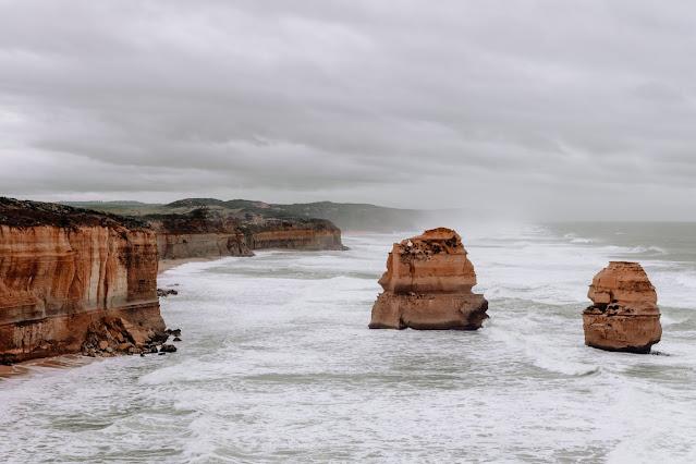 Australia Photo by Alex Rhee on Unsplash