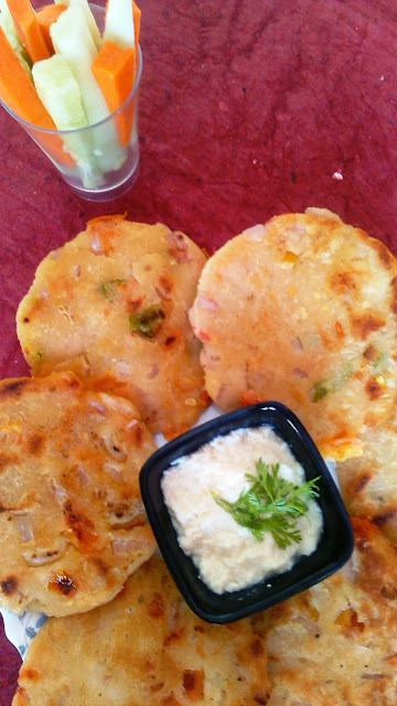 Akki  Roti foodiezflavor.com