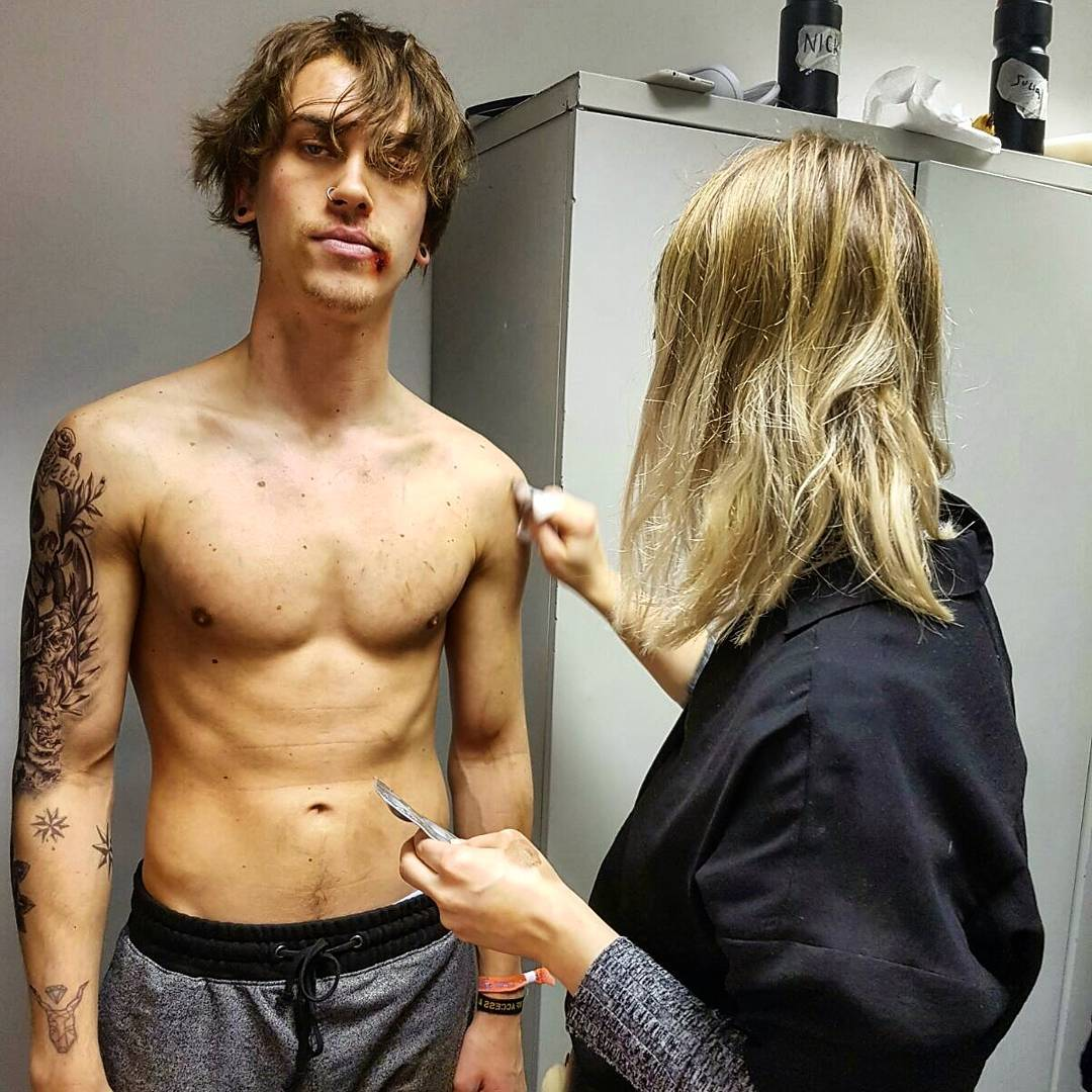 eddie redmayne naked   The Stars Come Out To Play: Eddie