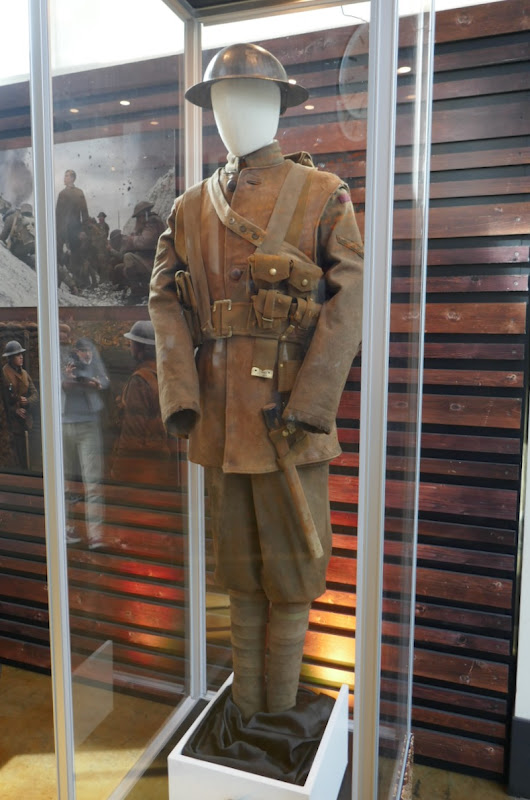 George Mackay 1917 WWI Lance Corporal Schofield film costume
