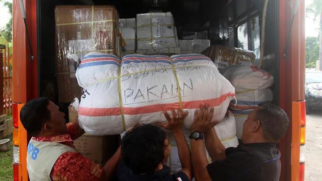 Warga Sumbar Kirim 1,2 Ton Rendang untuk Korban Gempa Tsunami Selat Sunda