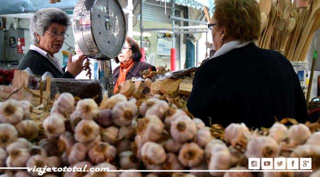 Mercado do Bolhao, Oporto, Portugal
