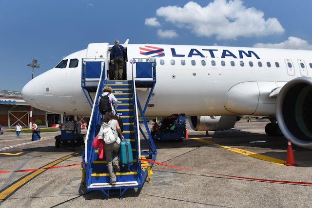 Azul e Latam iniciam codeshare para 64 rotas compartilhadas no Brasil