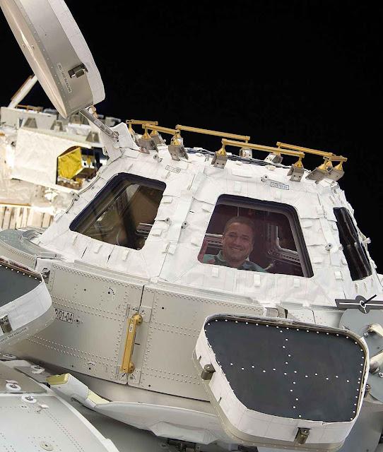 A 'Cúpula' da Estação Espacial Internacional onde o astronauta comungava.