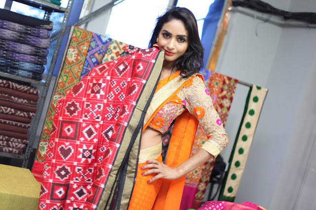 Actress Pooja Sree launches Pochampally IKAT Mela @ ECIL