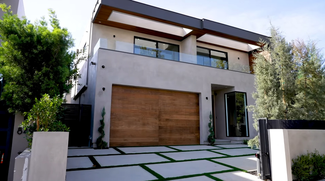 41 Interior Design Photos vs. 853 N Curson Ave, Los Angeles, CA Luxury Home Tour
